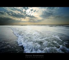 La Mer VI by DavidHR
