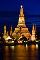 Wat Arun - Bangkok, Thailand photo by MikeBehnken