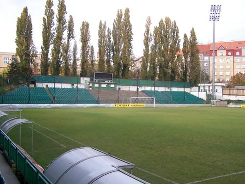5130769247 3101ebfd5f Stadions en wedstrijd Praag