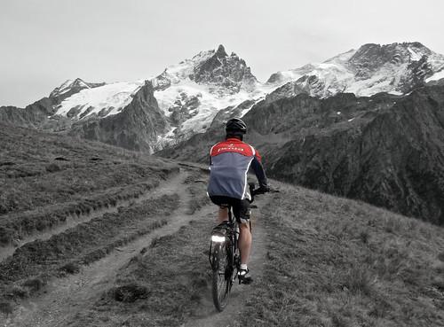 Descending Col du Souchet