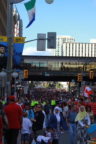 The Crowd on Rideau St