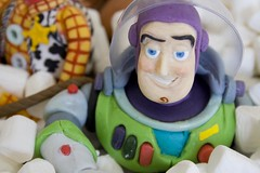 Yo Buzz! photo by Iced Over Cakes