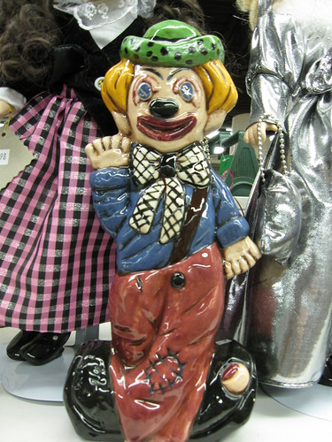 do you see why clowns give me nightmares!