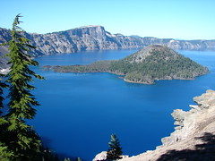Crater Lake photo by iFl1ckr