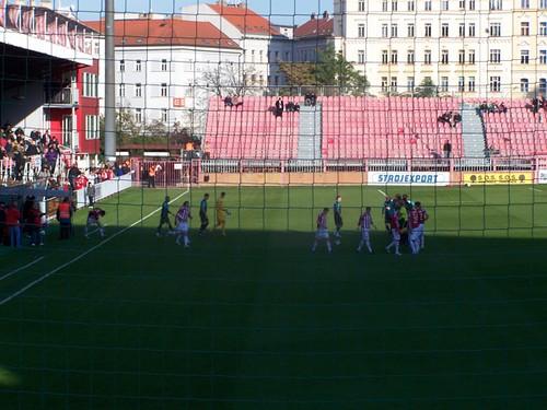 5130774535 a353354502 Stadions en wedstrijd Praag