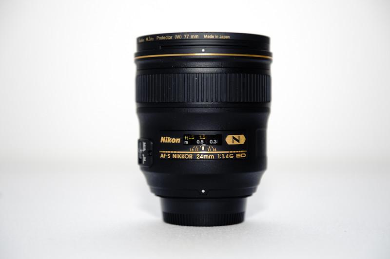 Nikon AF-S 24mm f/1.4