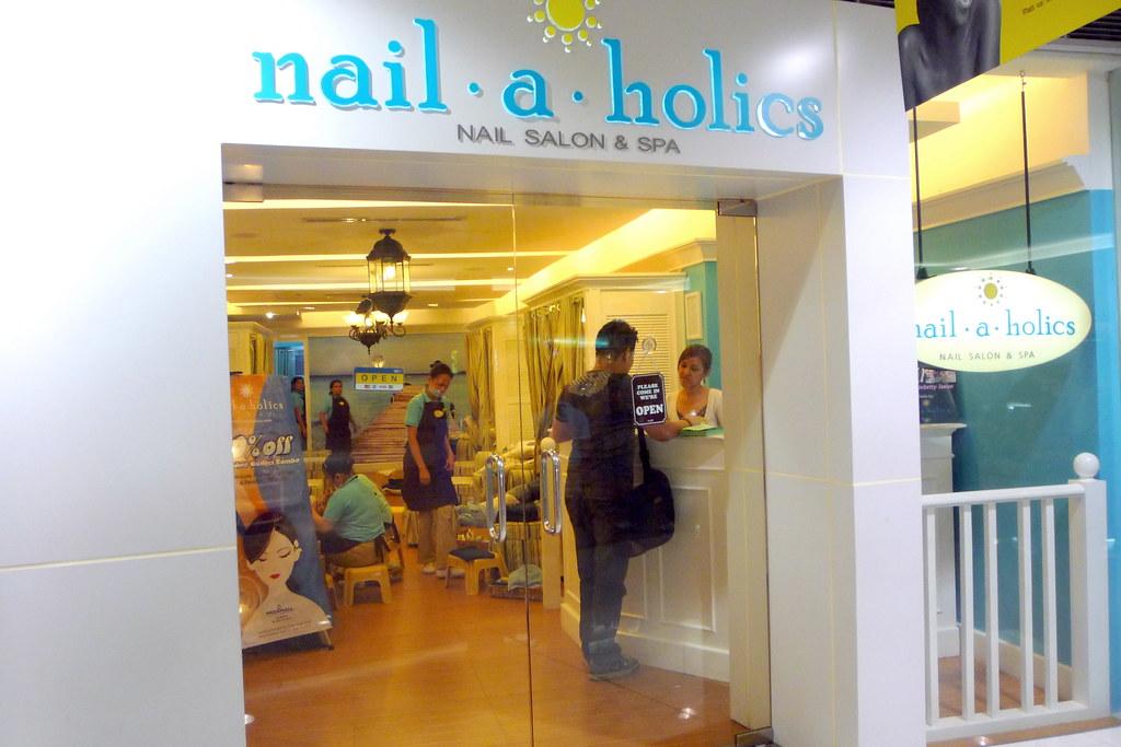 Nail-a-holics Megamall