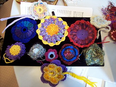 Barbara's Class Samples. Later she gave me the red & purple flower as a gift for my daugher!  Wasn't that nice of her?  Thanks Barbara!