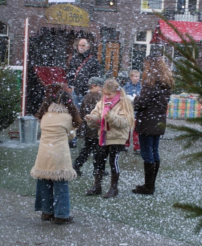 kinderen sneeuw.JPG
