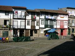 Casario e Praça