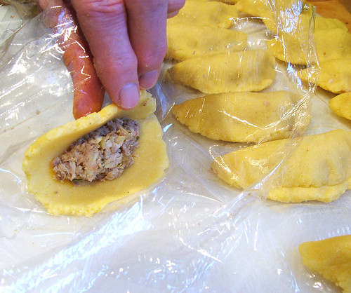 Colombian Empanadas: Step 15 - Formation: Step 1: Wrap process