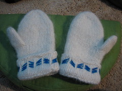 Polar Bear Mitts