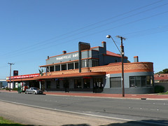 Woodville Hotel, Adelaide