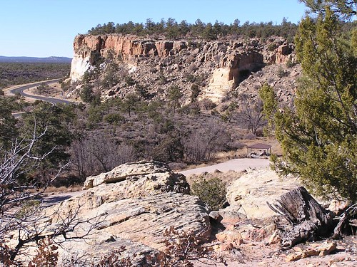 The   start of the Narrows Rim Trail