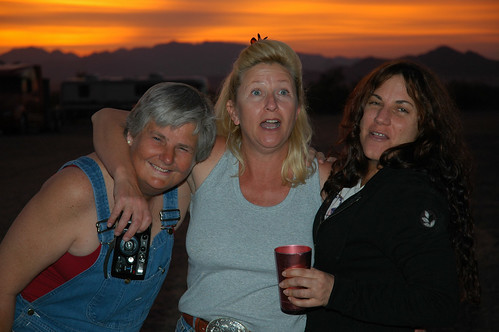 Quartzsite sunset with friends