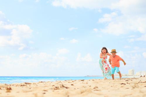 Cancun | Dooley Family | Flytographer | Family Portrait