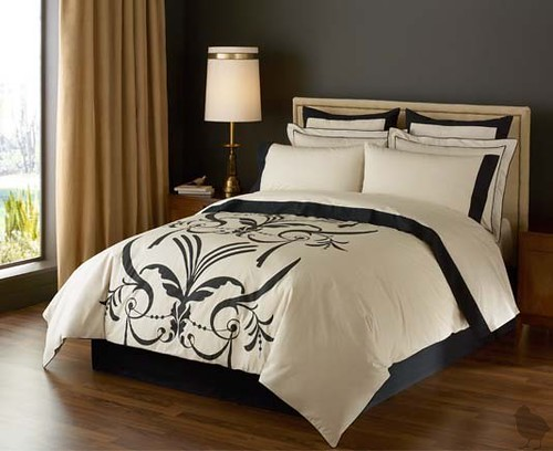 Dwell - New Bedding at Design Public!