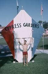 cypressgardenshangglider