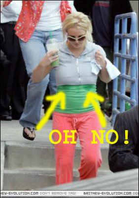 Chic Mommy Britney Wears Baby Gap Size 6 12 Months