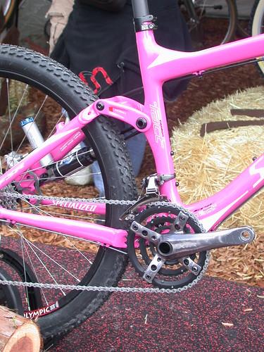 ピンクの自転車