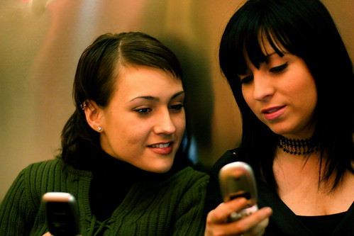 essay mobile addiction