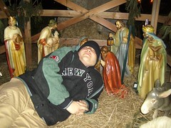 sindell thuging with baby jesus