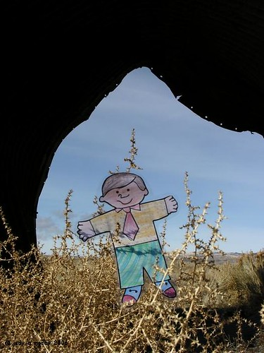 Flat Bobby visits the culvert2