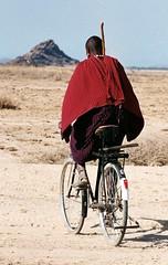Massai auf dem Fahrrad