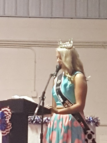 2016 Miss Teen Madison County Maddy McLin
