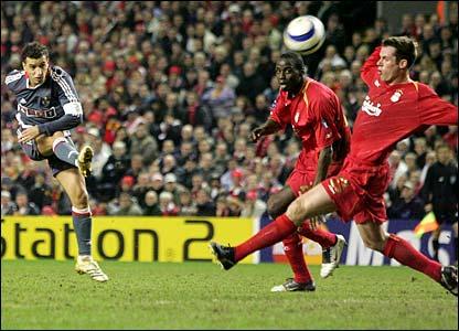 Simao_Liverpool_vs_SLB