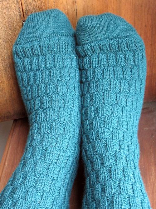 teal sock toes