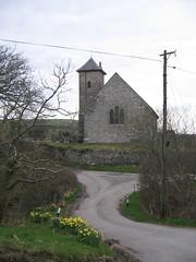 Yr eglwys, Gwnnws