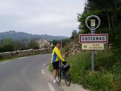 Cycling into Cotignac