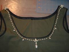 neckline001