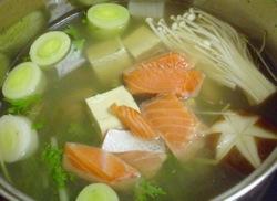 珍珠颱風夜的日式火鍋