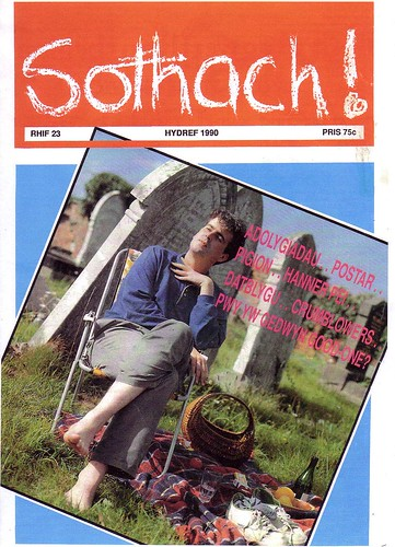 Sothach - Hydref 1990