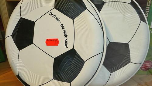 'Der christliche Fußball-Frisbee' in Hamburg Sankt Georg