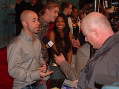 Chris Daughtry  Answers Up