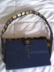 Book purse unglued