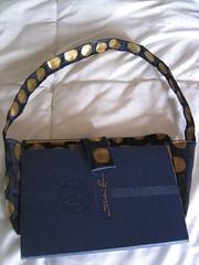 Book purse unglued