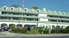 Days Inn- Oakhurst - Building