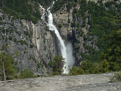 Yosemite - Waterfall close View