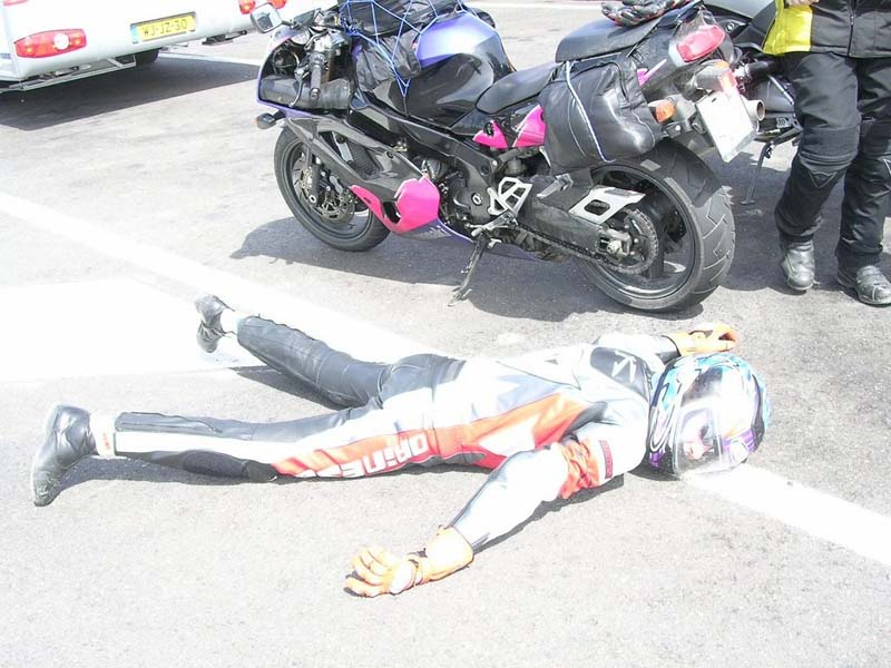 Un motorista ha resultado herido al chocar contra un coche en la autopista del sur (TF-1), a su paso por el municipio de Adeje.