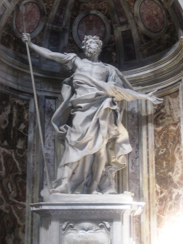st-peters-basilica-statue