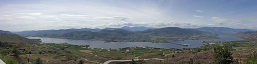 LakeOsoyoosPanorama-sm