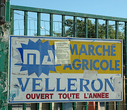 Marché Agricole Sign, Velleron, Provence, France