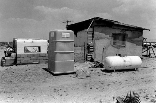 prefab friday, prefab housing, farm worker housing, immigration problems, migrant worker housing, 4th of July, Independence Day, Mexican US border, migrant farm workers, housing immigrants, housing migrant workers, Palletshelter2