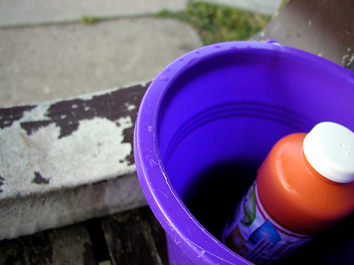 bubbles, bucket, bench