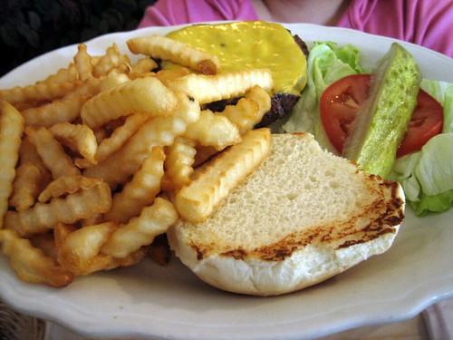 Auntie's burger, Mabenka