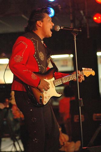 Elvis 03a
